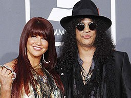 Slash's Wife Accused Of 'Concert Brawl'