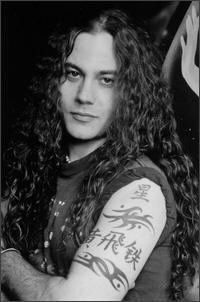 Former Alice In Chains Bassist Mike Starr Dead At 44