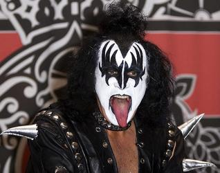 Kiss And Van Halen Rockers Provide Howl Effects For The Wolfman Movie Remake