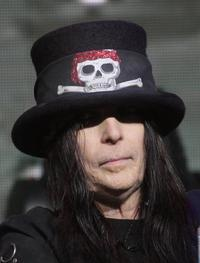 Motley Crue Guitarist Mick Mars Writing Songs For Solo Album