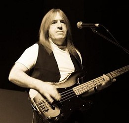 Uriah Heep Bassist Trevor Bolder Dies Of Cancer