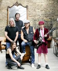 50 Fans Arrested At AC/DC Concert In New Zealand