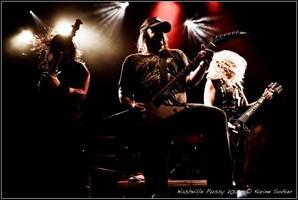 Nashville Pussy Wrapping Up New Studio Album