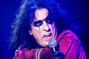 Alice Cooper's Covers Album Could Be Out By Early Spring