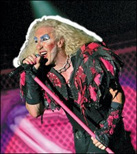 Twisted Sister's Dee Snider To Star In Growing Up Twisted