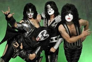KISS Unveils 'Hottest Show On Earth' Tour