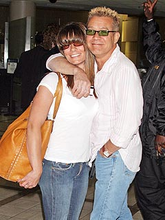 Eddie Van Halen, In Flip-Flops, Weds Girlfriend