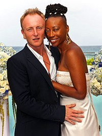 Def Leppard Guitarist Phil Collen Gets Married