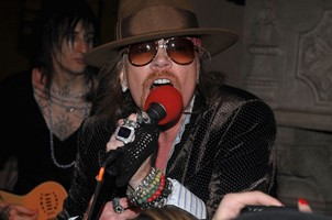 Axl Rose's Twitter Account Hacked, Guns N' Roses Tour Still On