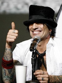 Alabama Town Spends BP Oil Spill Recovery Money On Motley Crue Concert