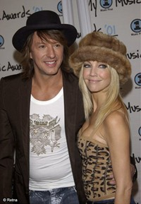 Heather Locklear Wiping Clean Her Marriage To Richie Sambora