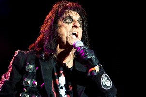 Alice Cooper's 'Welcome II My Nightmare' To Feature Original Band Members