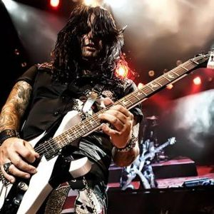 Alex Grossi of Quiet Riot, Beautiful Creatures and Maps To The Hollywood Scars Interview