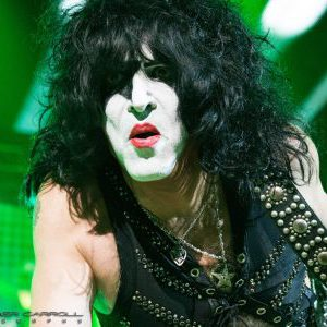 """Gene Simmons seems to be apologizing to Paul Stanley by calling him """"the best voice in rock"""""""