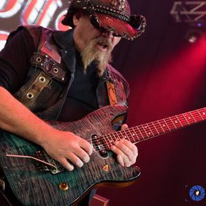 Dangerous Toys guitarist Scott Dalhover looking for singer and bassist for new project