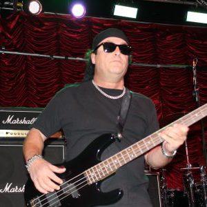 Ratt bassist Juan Croucier refuses to get into mudslinging with Bobby Blotzer
