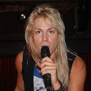 Löve Razër live at The Casbah in Hamilton, Ontario, Canada Concert Review