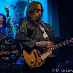Ace Frehley with opener Enuff Z'Nuff live in Portland, Oregon, USA Concert Review