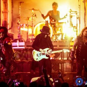 """Mötley Crüe release video for song """"Looks That Kill"""" with 'The Dirt' movie footage"""