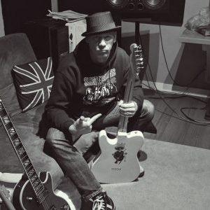 Interview with Dirtbag Republic singer/drummer Sandy Hazard