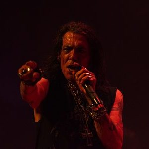 Stephen Pearcy with opener Enuff Z'Nuff live in St. Charles, Illinois, USA Concert Review