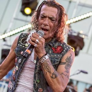 Stephen Pearcy Interview