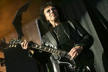 Tony Iommi photo