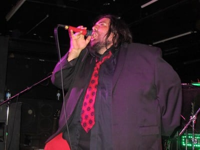 Killer Dwarfs live in Toronto, Ontario