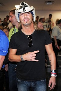 Bret Michaels To Be Released From Hospital On Wednesday Following Heart Surgery