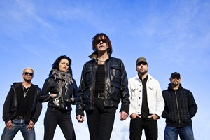Guitarist Brian Robertson Signs With SPV/Steamhammer For 'Diamonds And Dirt' CD