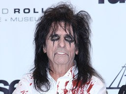 Alice Cooper Cancels First Gig In 30 Years