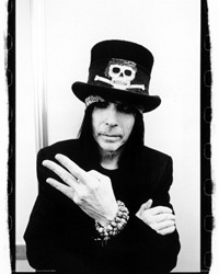 Motley Crue's Mick Mars Considering A Solo Effort Of R&B, Soul And Blues Songs