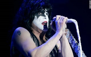 KISS Frontman Paul Stanley Undergoes Vocal Cord Surgery