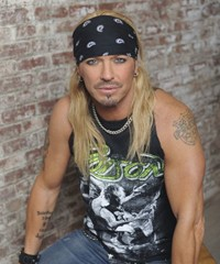 Bret Michaels Pays For Diabetic Fan To Attend Summer Camp