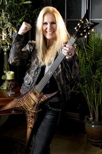 Lita Ford Confirms Release Date For New Album 'Living Like A Runaway'