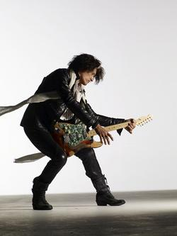 Joe Perry Of Aerosmith, We're Talking About Getting Another Singer To Fill In For Steven