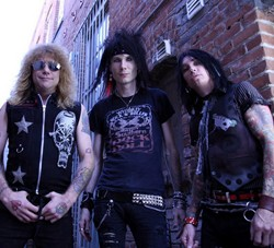 Steven Adler Premieres New Band In The Song
