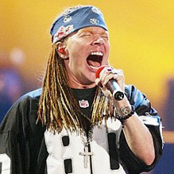 Axl Rose 'Fuming' After Being Robbed Of Jewellery In Paris