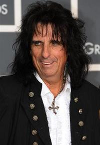 Alice Cooper Says Lady Gaga Is Not Just A Costume Freak