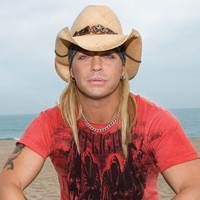Bret Michaels Set To Tour With Lynyrd Skynyrd