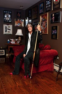 Joe Perry Launches Tour Story Contest