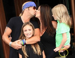 Bret Michaels Gets Engaged