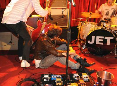 Jet's Nic Cester Being Evaluated After On-Stage Collapse