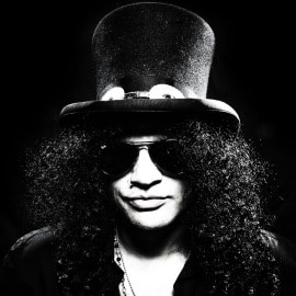 Slash Signs With Roadrunner Europe For 2010 Solo Release