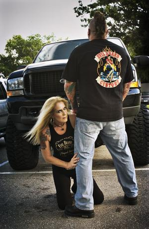 Lita Ford Turns Twitter Into Penthouse Forum