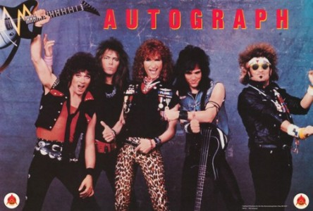 Autograph group photo 5