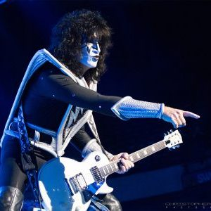 """Tommy Thayer recorded 'Psycho Circus' album but not credited due to KISS' """"transitional"""" time"""