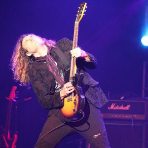 Interview with guitarist Sean Kelly (Crash Kelly, Lee Aaron, ex-Helix, ex-Four By Fate)