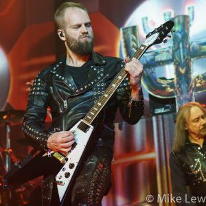 Andy Sneap states that Judas Priest members are some of the easiest going guys in music business
