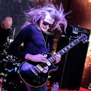 Interview with Mitch Perry Group guitarist Mitch Perry